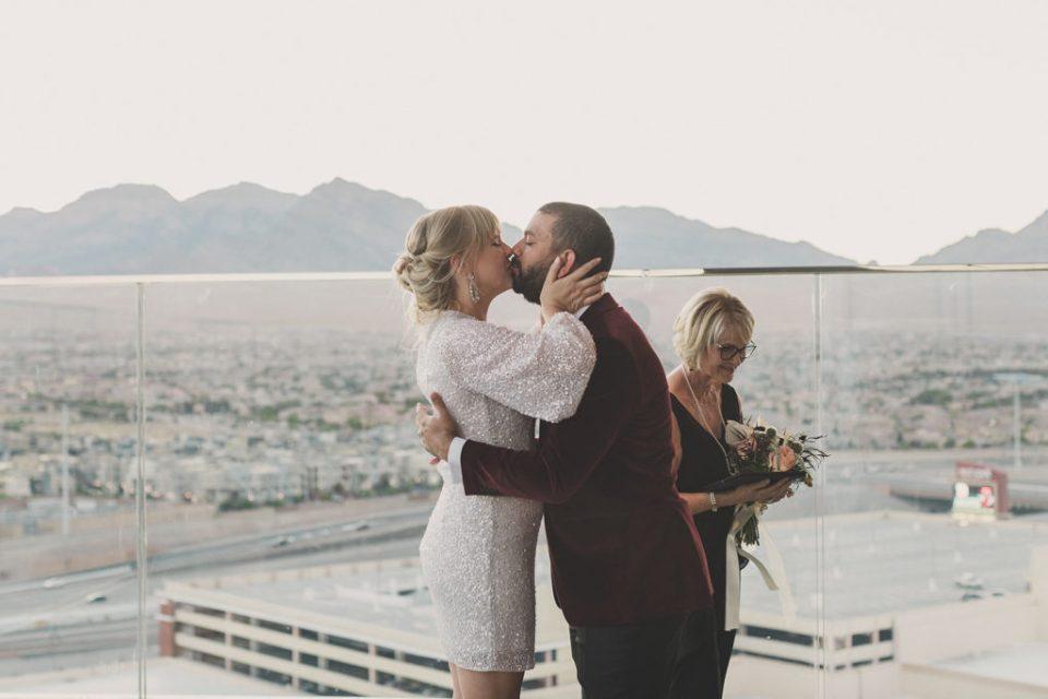 Las Vegas elopement at Red Rock Resort