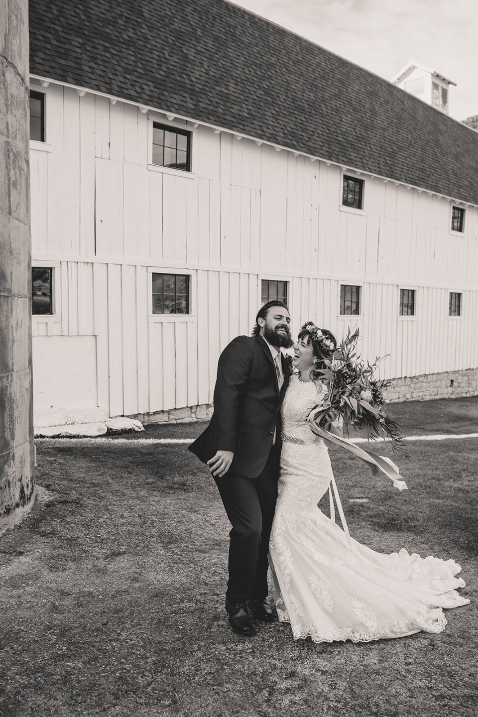 bride and groom laugh after UT elopement photographed by Taylor Made Photography