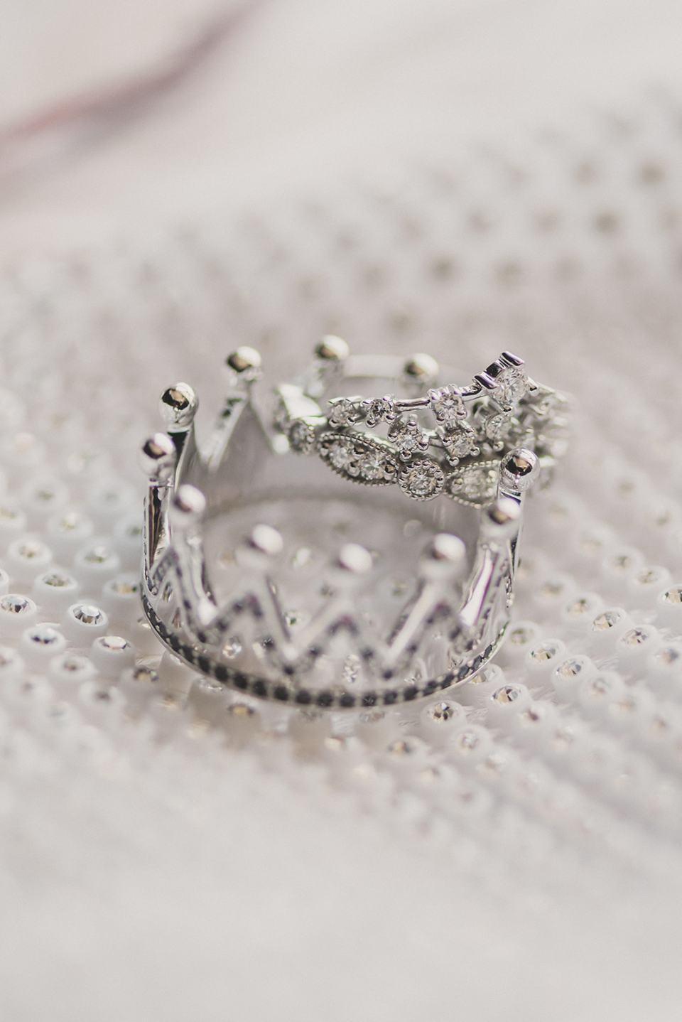 custom wedding rings for Las Vegas wedding day