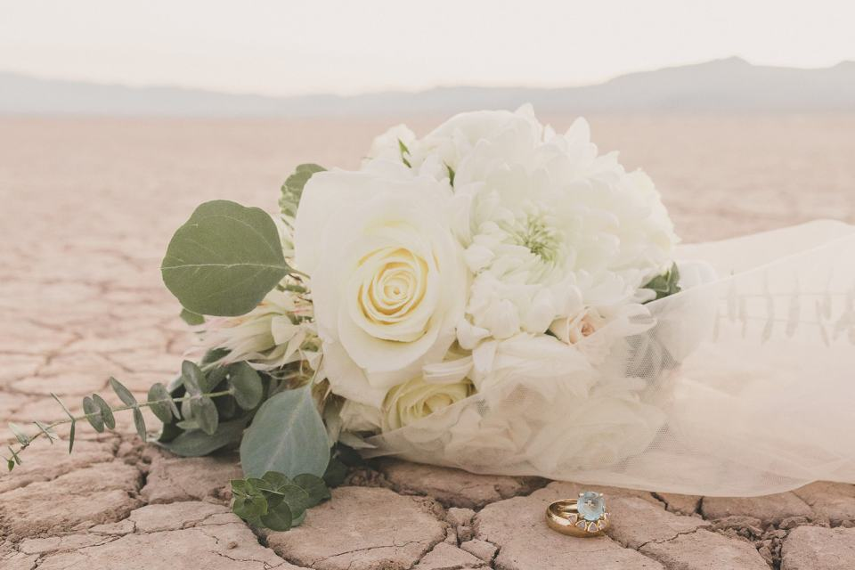 bride's bouquet on desert before Las Vegas microwedding