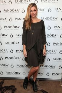 lili-simmons-at-hbo-luxury-lounge-featuring-pandora-jewelry-in-beverly-hills_4