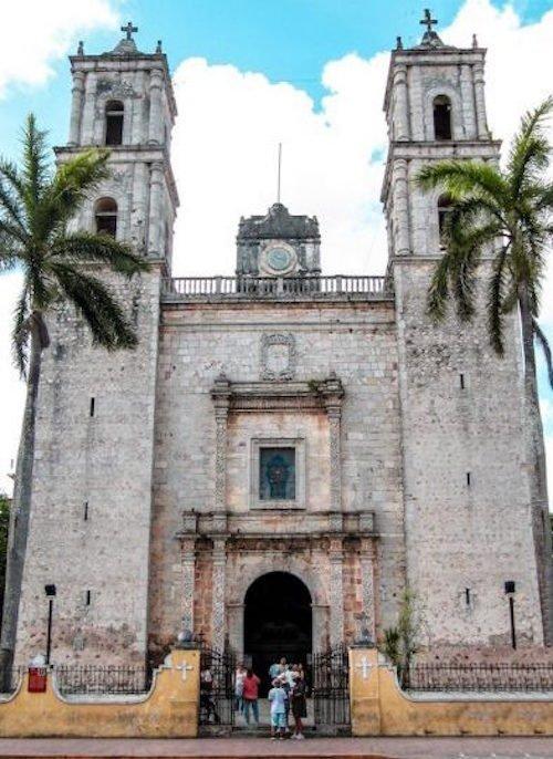Catedral de San Servacio in Valladolid Mexico from across the street