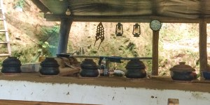 Nick's cooking course using traditional claypots