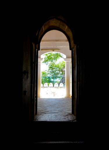 dambulla caves looking out