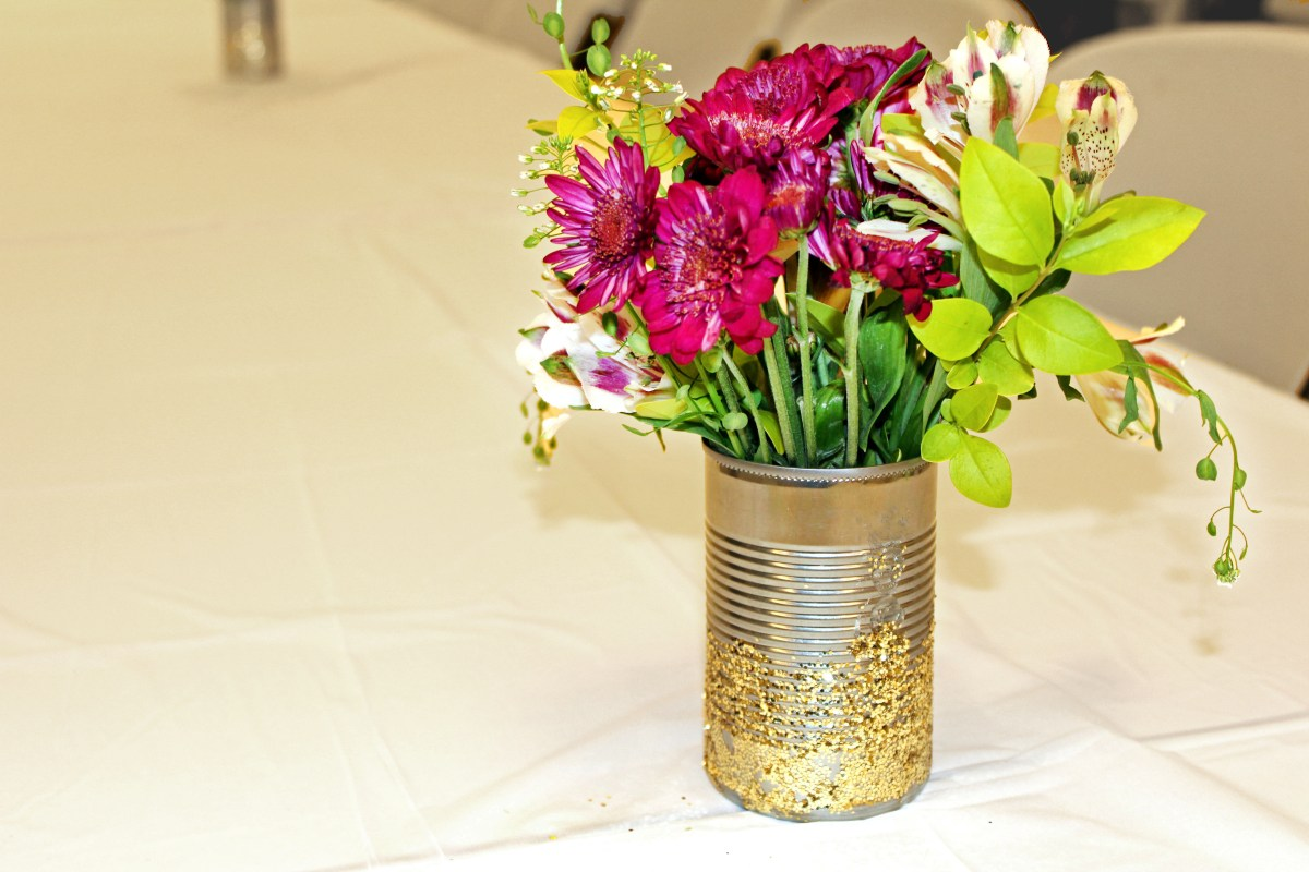 Easy DIY Glitter Vases