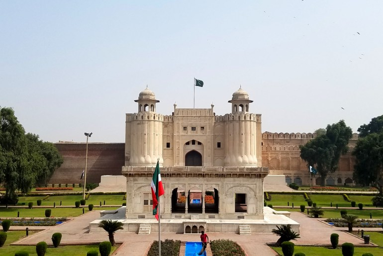 It's located near Lahore Fort and is probably one of Lahore's most iconic landmarks.The mosque is a Mughal-era architecture which was commissioned by Emperor Aurengzeb in 1671 and was completed within two years. Its exterior is made of carved red sandstone with marble inlay. The interior also has carved marble and elaborate plasterwork. At the time of completion, it was the largest mosque in the world and now is the second largest mosque in Pakistan itself.
