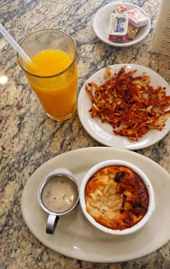 New Orleans Cafe Fleur De Lis 2