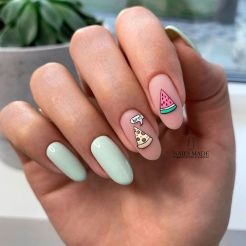 Great Photos cute Fall Nail Art Strategies Allow fantastic glitters the fall-perfect upgrade having an uber quite fall leaf in brilliant fruit #Art #cute #Fall #Great #Nail #Photos #Strategies (pinterest)