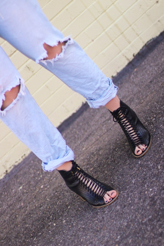 distressed denim, lace up heels, spring denim trends