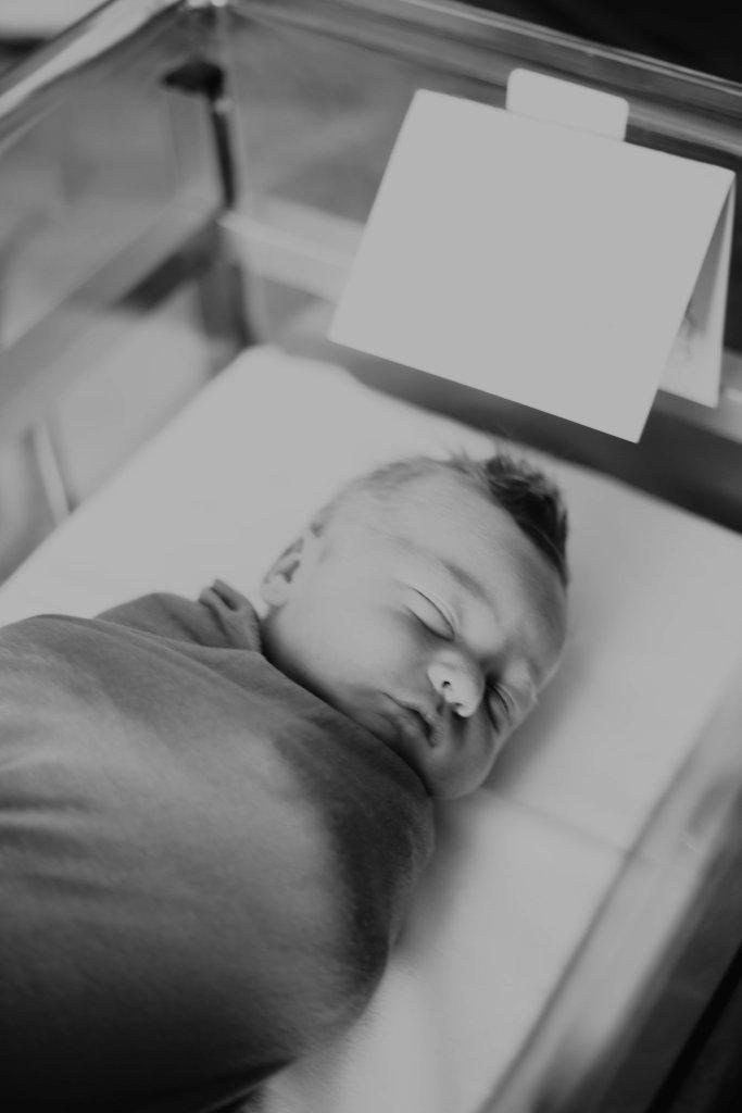 A Birth Story & Fresh 48 - Van Armond Taylor