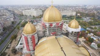 """Cât a costat tabla din cupru aurit pusă pe Catedrala Mântuirii Neamului. """"Este cel mai scump lucru cu care se poate acoperi ceva"""""""