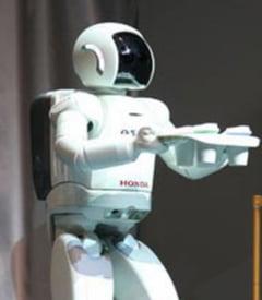 Robotii umanoizi cuceresc lumea (Galerie foto)