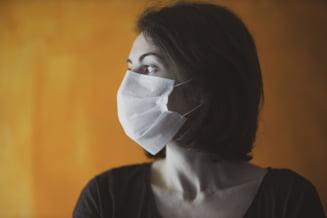 Roche va produce un test care face diferenta intre COVID-19 si gripa
