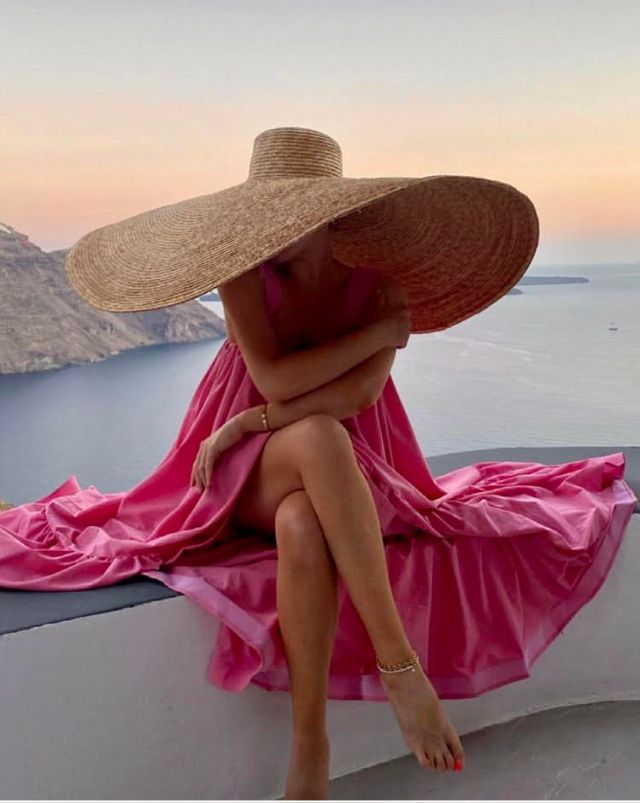 Santorini is the location of choice for Lorna Luxe latest collection with In The Style