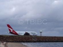 VH-OQK | Qanats Airbus A380 departing Sydney Airport