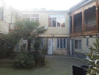 Продается коммерческая площадь под гостиницу в 100 метрах от метро Руставели в Тбилиси