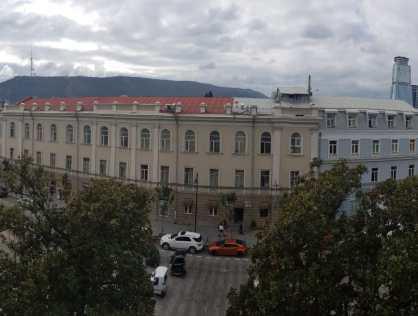 Продается 3х комнатная квартира на проспекте Агмашенебели Тбилиси