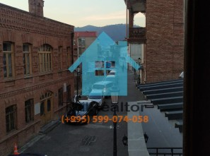 Продается дом в Тбилиси возле Метехи