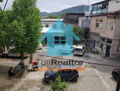 Продается квартира в Тбилиси рядом с пешеходной частью Агмашенебели