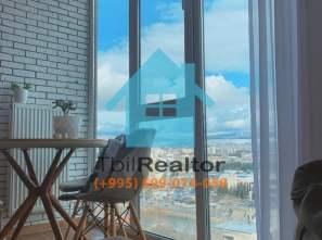 Сдается в долгосрочную аренду 3 комнатная квартира в новостройке в центре Тбилиси Сабуртало