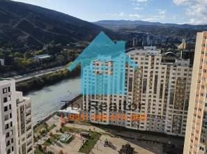 Продается 3 комнатная квартира в новостройке в Тбилиси Ортачала комплекс Дирси