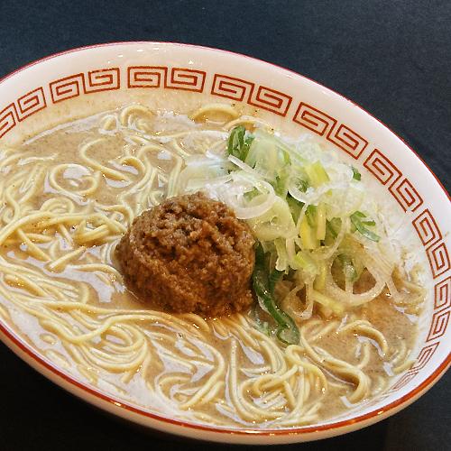 博多拉坦麺まるたんのラーメン