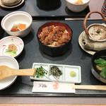 木曽路 - 鰻ひつまぶし~(2,000円)
