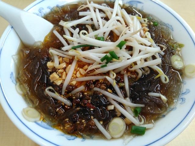 盛青 中華料理のラーメン