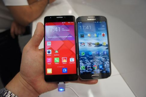 Alcatel One Touch Idol X vs Samsung Galaxy S4