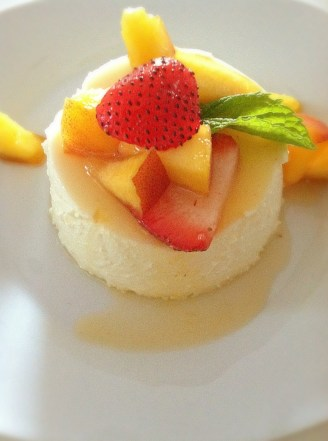Panna Cotta Mousse with Season Fresh Fruits and Grand Marnier_3