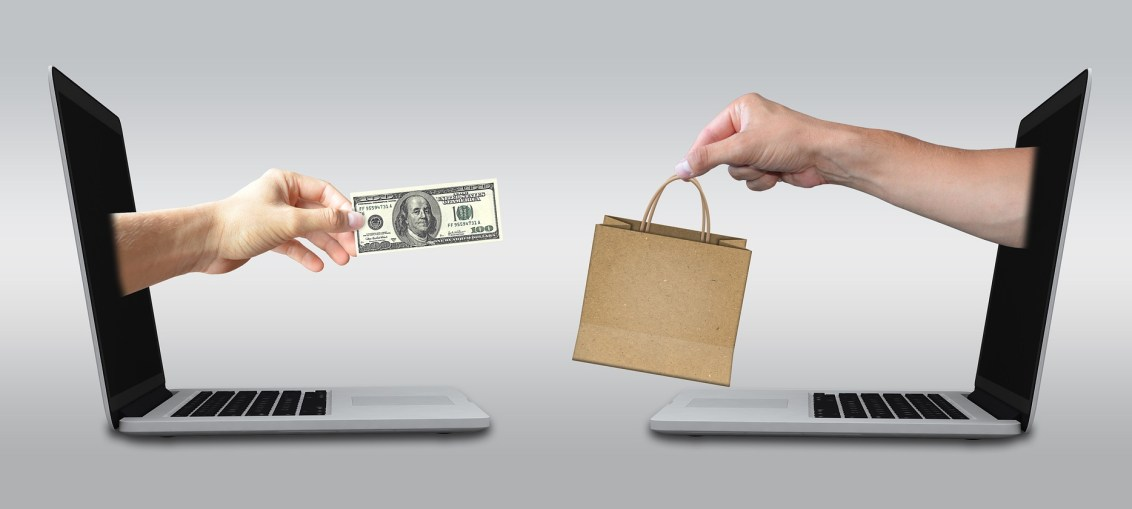 Hand paying for goods online