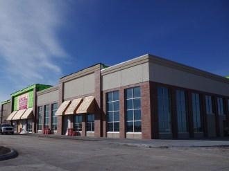 Glass work done by Tri-County Glass Inc. | Hy-Vee Store - Kearney, NE