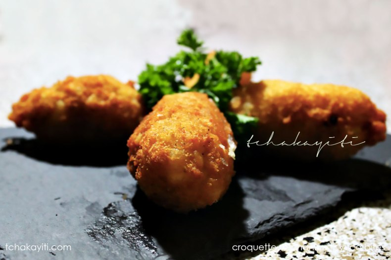 I call these Smoked Herring (Aransò) Yuca Croquettes, a deep fried delight. | tchakayiti.com