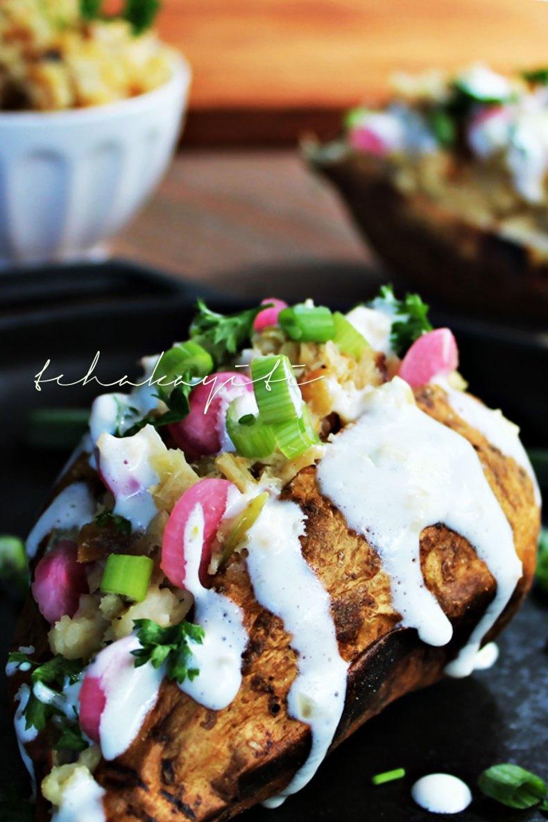 This cod stuffed Haitian mashed sweet potato tastes as wonderful as it looks. | tchakayiti.com