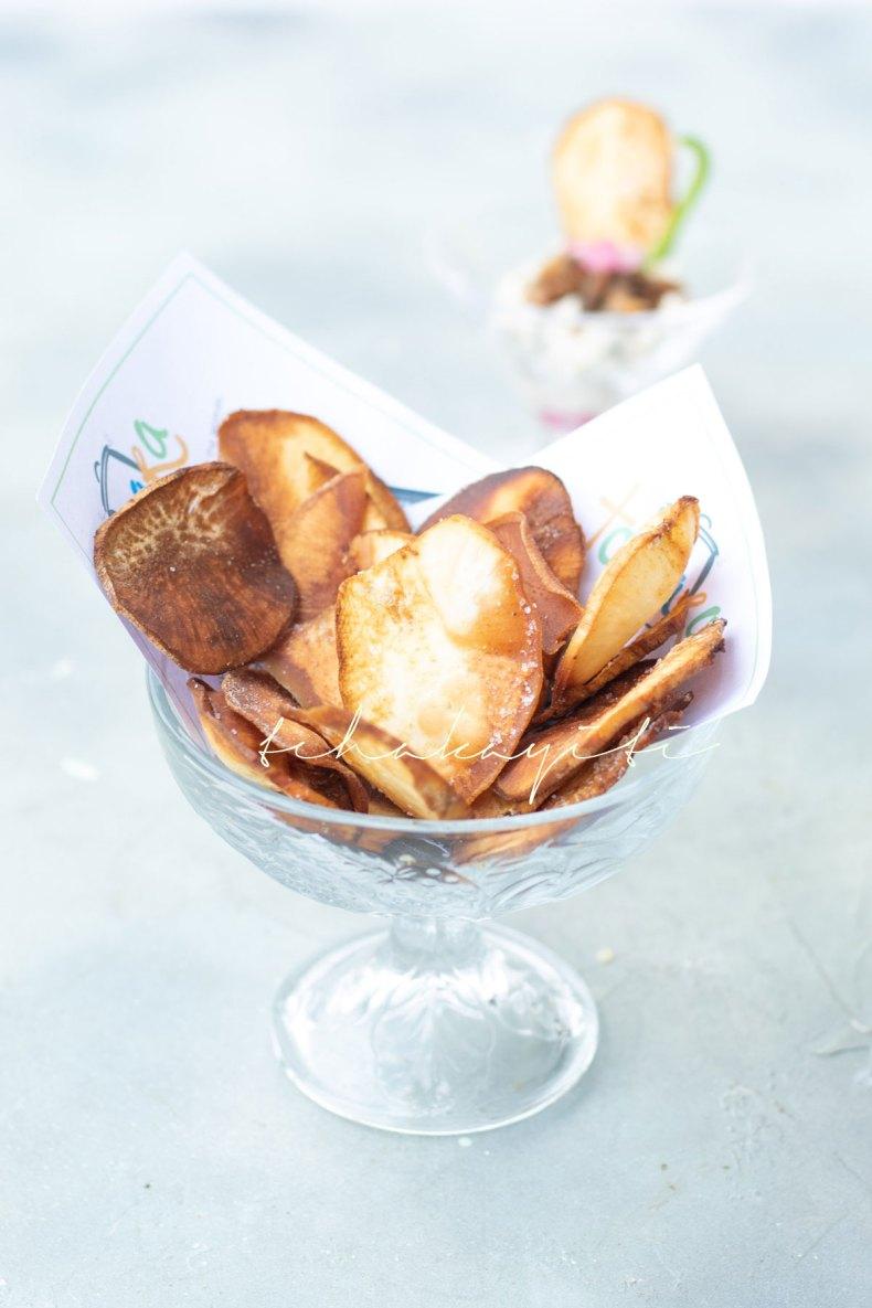 These Haitian sweet potato chips are slightly salted.   tchakayiti.com