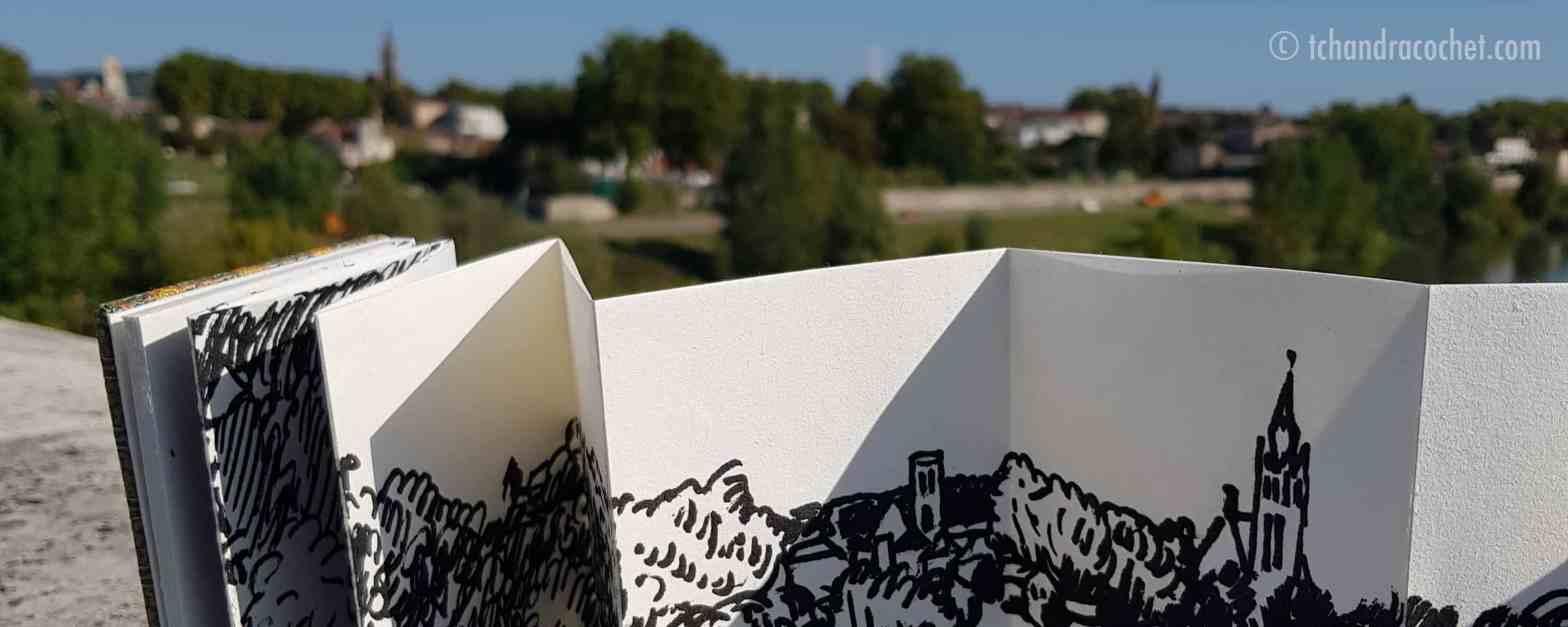 Dessin panoramique d'Agen par Tchandra Cochet