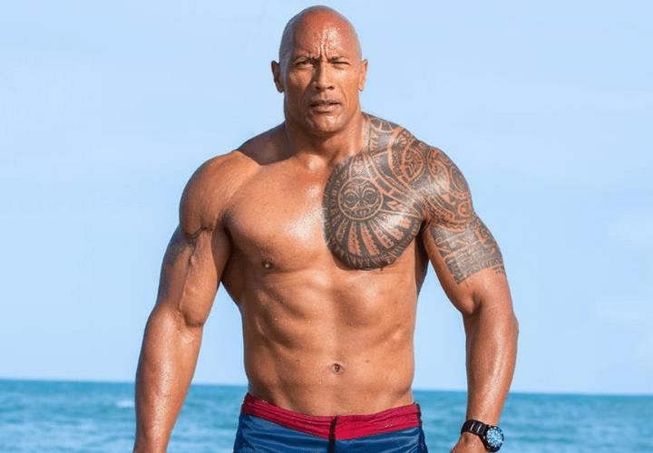 Dwayne Johnson - The Rock, Chauve et musclé