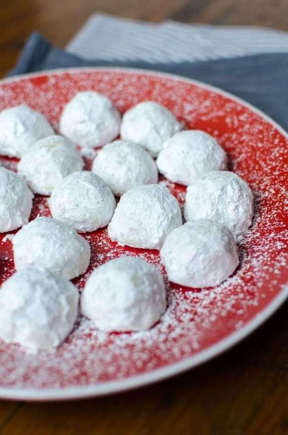 gf-holiday-tea-cookies-1-678x1024