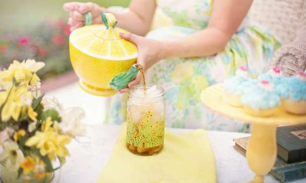 How to Throw the Perfect Outdoor Tea Party