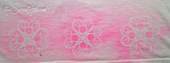 Consie Sindet • How to use a stencil to add doodling to a tshirt • The Crafters Workshop