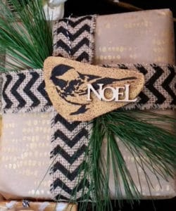chicadee-noel_cropped
