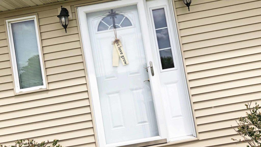 Tag_Door_Hanger_LindsayA