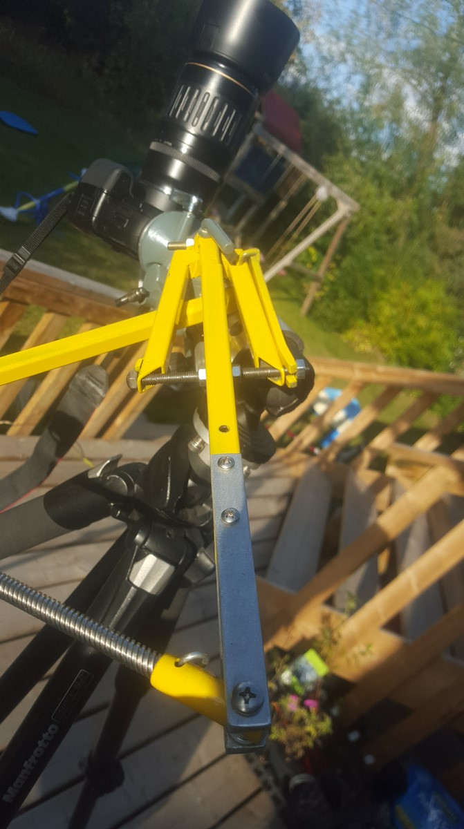 Tracking Camera Mount for Astrophotography
