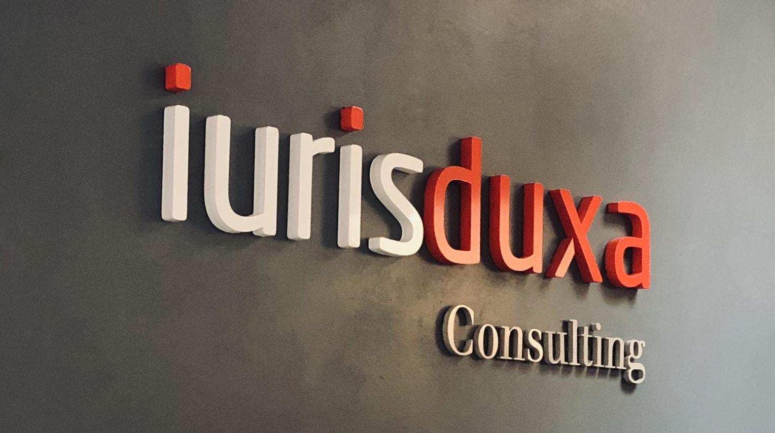 Diseño de marca Iurisduxa