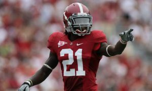 Dre Kirkpatrick pointing on the field at Alabama in 2010