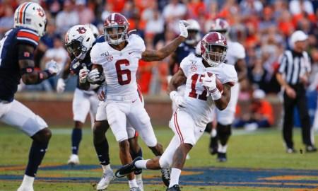 Alabama WR Jaylen Waddle running the ball versus Auburn in 2019 Iron Bowl