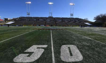 General view of mid field of the New Mexico Bowl