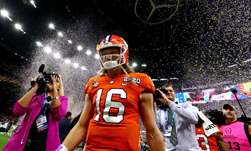 Trevor Lawrence walks off after championship loss to LSU