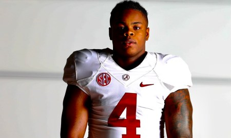 Khurtiss Perry poses for picture doing Alabama visit