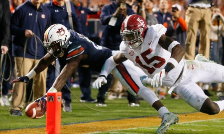 Kerryon Johnson of Auburn scores a touchdown in 2017 Iron Bowl